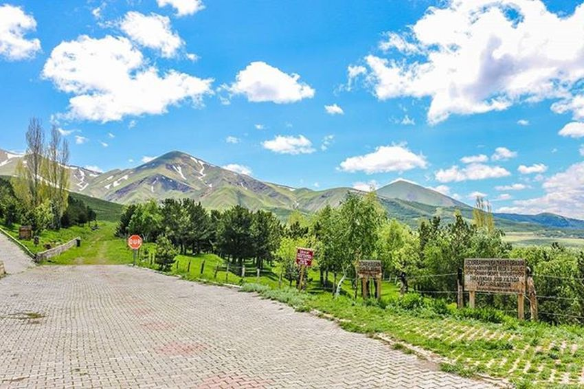 Me Amazing Nice Turkey Erzurum Beautiful Relaxingday Hello Traveling Travel Nature Fresh Mountains Damla_projesi