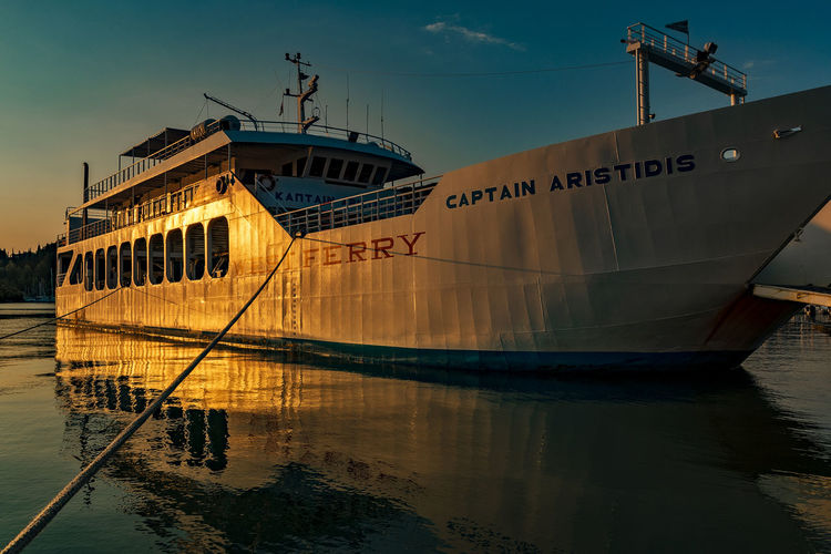 Ferry Boat Capture Tomorrow Nautical Vessel Water Mode Of Transportation Transportation Sky Ship Sea Moored Nature No People Waterfront Travel Reflection Outdoors Day Passenger Craft Sunlight Sunset Architecture Sailboat Cruise Ship Anchored