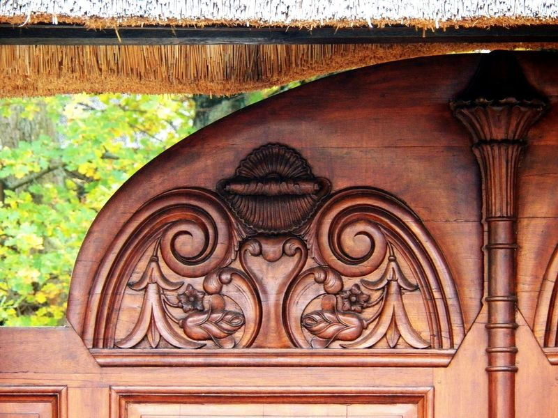 Ornate Detail Of Wood Close-up Portal Portail Ornement Sculture Feature Sculture Wood - Material EyeEm Best Shots EyeEm Best Shots - Material -In France