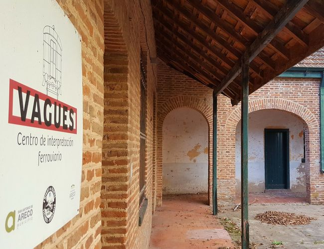 Architecture Built Structure Architecture Arts Culture And Entertainment Reflection Family Building Exterior Detalles De La Cultura Gaucha San Antoniio De Areco Travel Destinations San Antonio De Areco Argentinaphotography Argentina💘 ARECO Entre A Mis Pagos Sin Golpear... Transportation Love♥ Agriculture Travel History Beauty In Nature Communication Spirituality Tranquility Elégance Fiestas Patrias Fiesta De La Tradicion Gaucha ArgentinA En