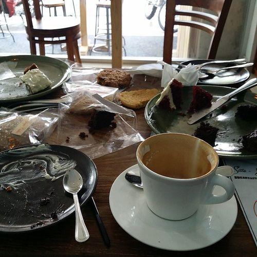 Im sitting in @satu_satu_cafe. Coffee Satusatu Ilovecoffee Cakes samples ilovesatusatu bali indonesia canggu cafe rivierahouse