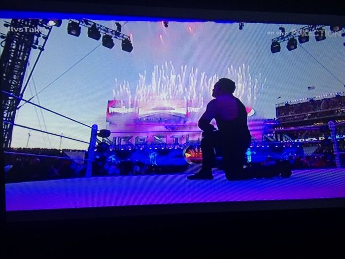 the undertaker is back !😍 The Undertaker Wrestlemania Enjoying Life