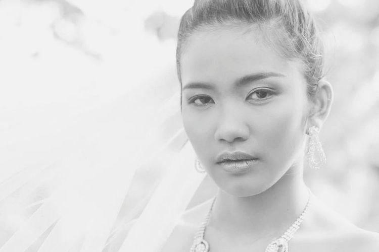 Headshot Only Women Young Women Portrait Close-up Beautiful People