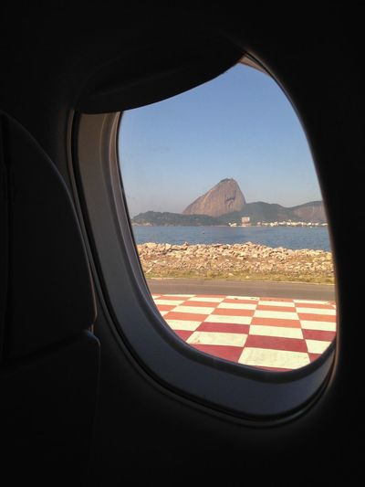 Pão De Açucar visto da pista do Aeroporto Santos Dumont Rio De Janeiro Brazil Aeroporto Airport Lanscape EyeEm Rio