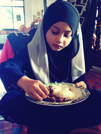 Mealtime I'm princess anna. She's the one my nephew wearing hijab like neelofa. Huhu.. Enjoying Life Taking Photos Kenduri Doa Selamat Countdown 8DaysLeft Ramadhanalmubarak
