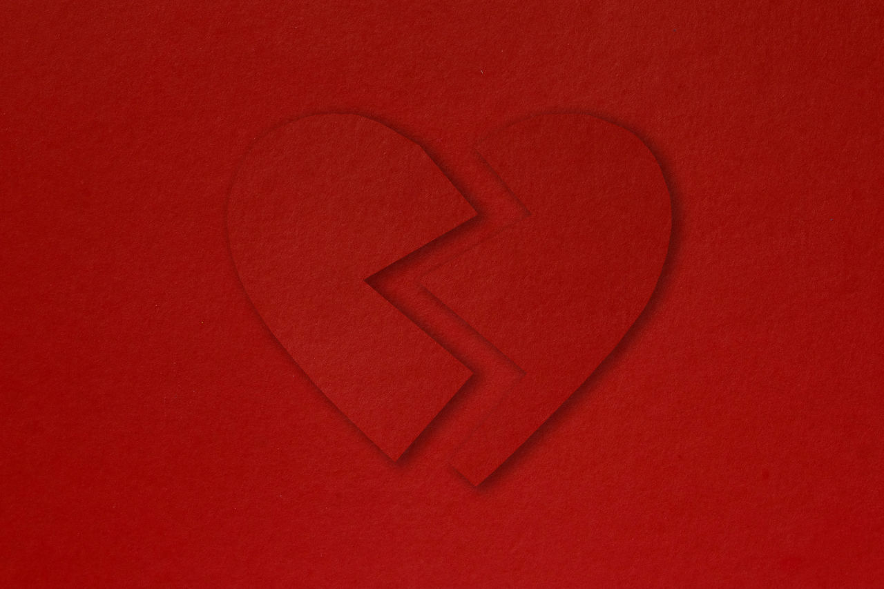 CLOSE-UP OF HEART SHAPE RED