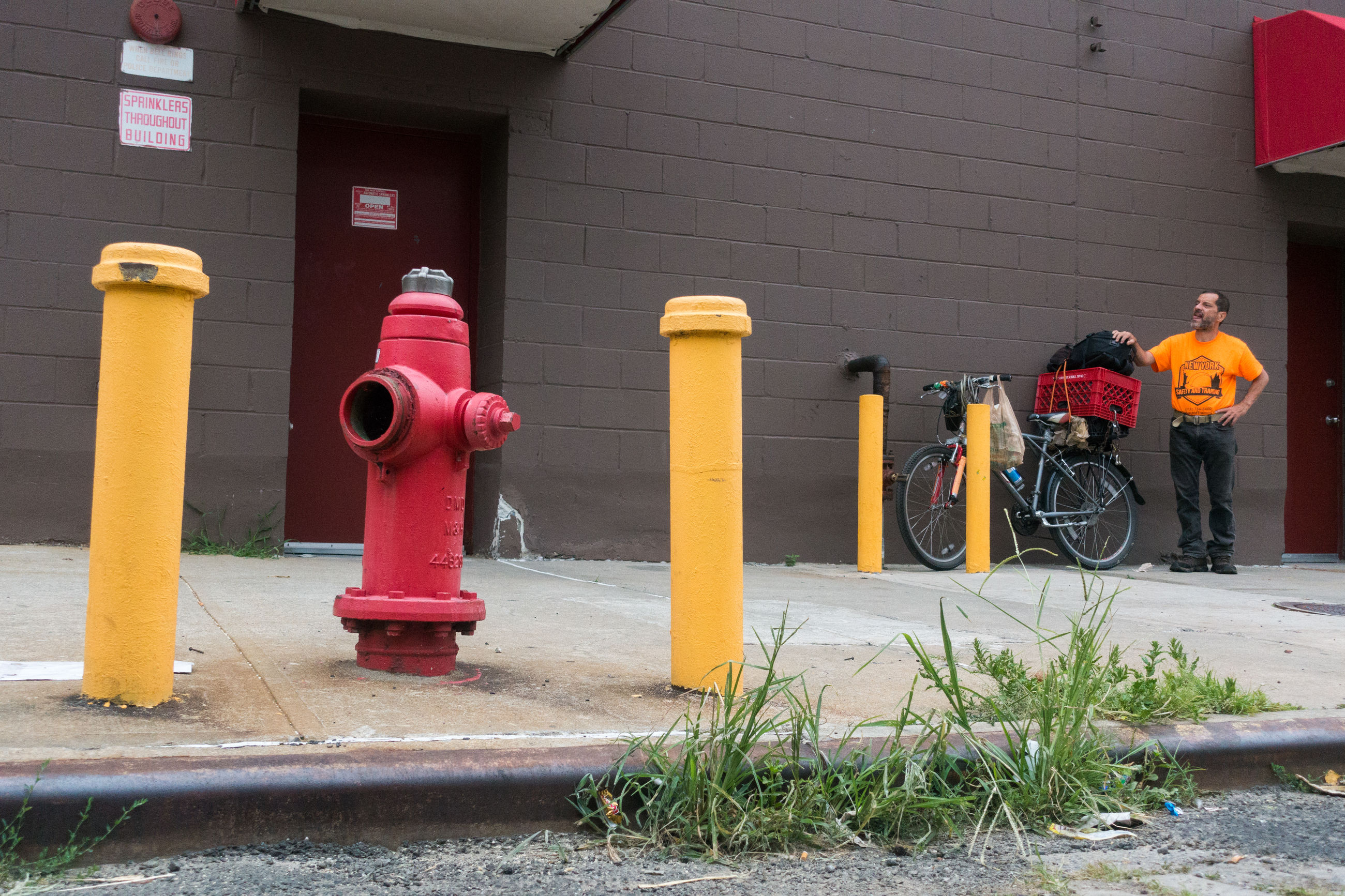 outdoors, day, built structure, fire hydrant, building exterior, architecture, firefighter, yellow