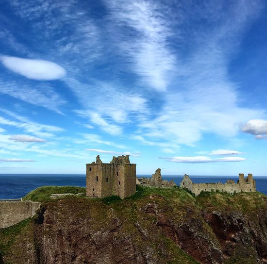 Dunnattor Castle Blue Sky Scotland Stonehaven Aberdeenshire Castle Architecture History Sky Building Exterior Day Built Structure Sea Fort Cloud - Sky Nature Water Travel Destinations Outdoors Beauty In Nature No People Horizon Over Water Scenics Aberdeenshire Colour Your Horizn