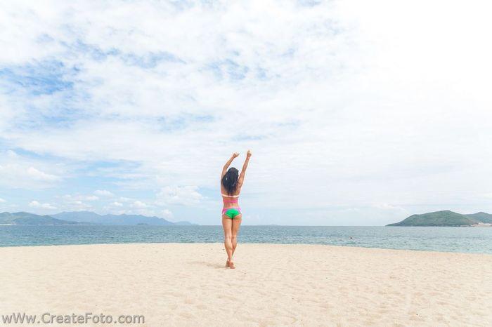Артем Волчков Фотограф во Вьетнаме www.createfoto.com Relaxing Beach фотографвьетнам нячангфотограф фотографнячанг Pose фотосессиявьетнам экскурсиинячанг свадьбазаграницей фотографзаграницей