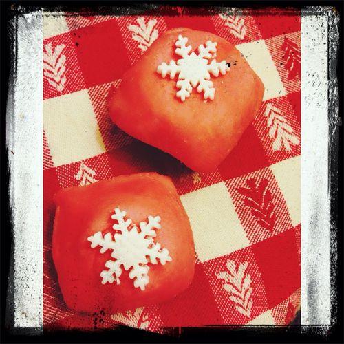 Making Cupcakes Snowflakin'
