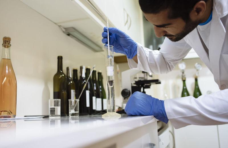 Man working in bottle