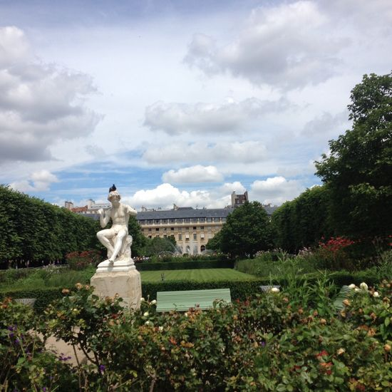 Formal Garden Outdoors Palais Royal Palais Royal Gardens Royal Palace Sculpture Statue Travel Destinations
