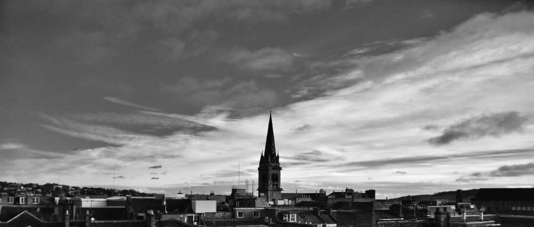 dundee skyline . Monochrome Dundee Scotland Skyline