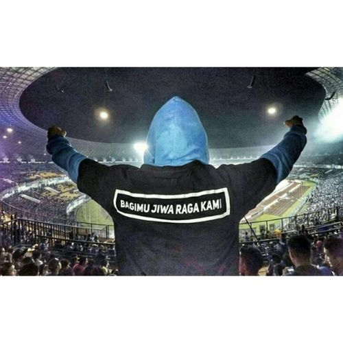 We will stay behind you PERSIB 💋💞 Home Is Where The Art Is Supporter team Football🙏