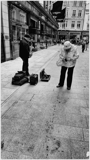 Busker's friend.... Hanging Out Taking Photos Check This Out Enjoying Life The View From Here Enjoying The Light Blackandwhite Black And White Black & White B&w 2015 08 15