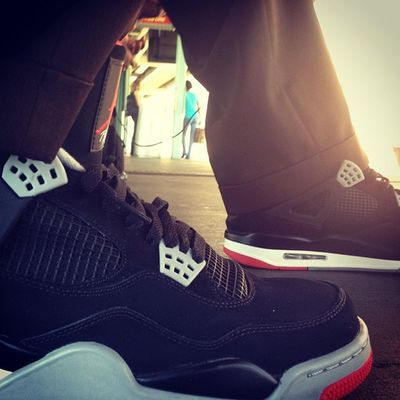 Bred4s Heat Kickstagram Igsneakercommunity jaywalkin jordanbrand solecollector kotd