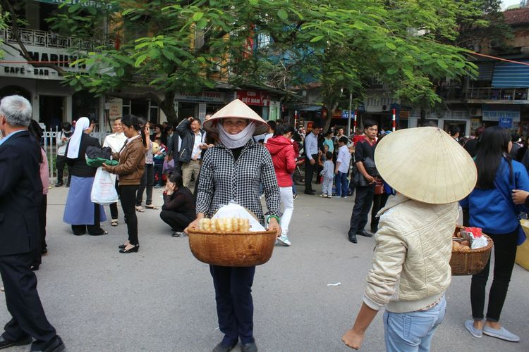 HaNoistreetlife Hanoisunday Vietnamese Food Vietnamphotography Vietnam Daily Life Vietnamfoodstreet Hanoifood Hanoivendor