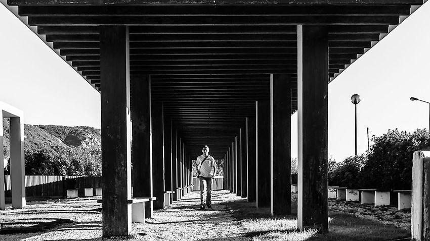 Architectural Column Architecture Built Structure Caminhar Cobertura Colors Estruturas Focus On Foreground Light And Shadow Madeira Only Men P&B Pessoas Pretoebranco Streetphotography