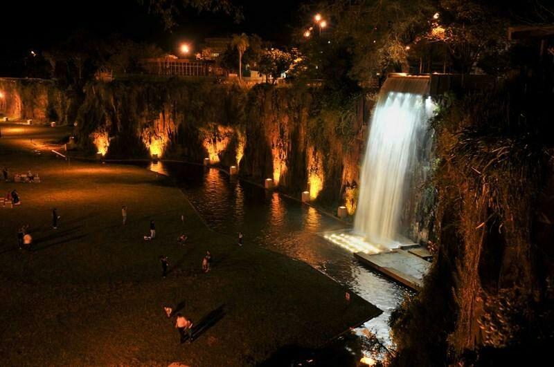 Nightphotography PAISAJE URBANO Cascada Noche Posadas