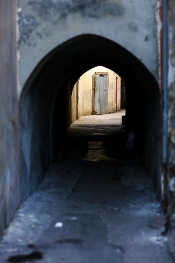 Passage Taranto Taranto, Italy Passageway Arch Architecture Built Structure Building No People Tunnel Day Old Arcade Outdoors Entrance Corridor Arched Light At The End Of The Tunnel Arch Bridge Building Exterior Old Buildings Alley