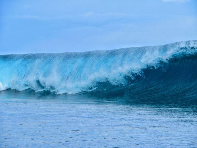 South Pacific Tahiti ❤ Tahiti Surf Surfbreak Teahupoo Wave Sea Water Power In Nature Sky Go Higher Summer Exploratorium