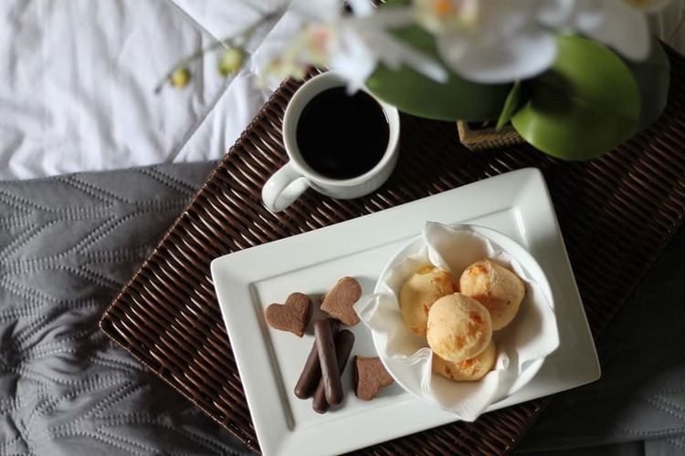 Good morning!!! Relaxing Travel Destinations Travel Photography Hotel Travel Trip Breakfast Coffee Orchid Sweet Food Indoors  No People Food And Drink Homemade Ready-to-eat Close-up Food Stories