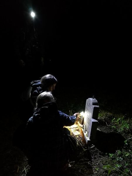Grave Night Cmentary Cmentarz Light Thriller Thrilling Light And Shadow Heads Secret Horror Poland Exceptional Photographs