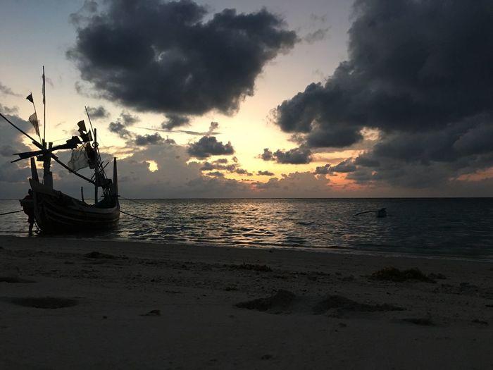 Maduraisland GiliLabekSumenep Beach