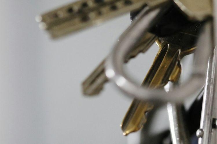 Key Schlüssel Schlüsselbund Close-up Indoors  No People Day