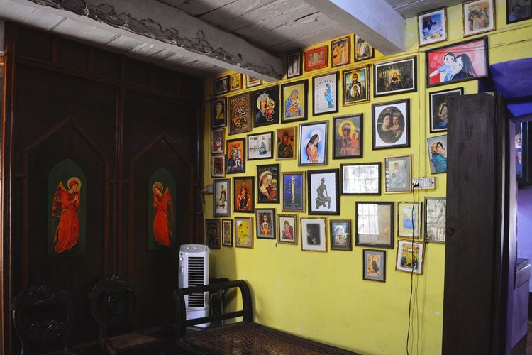 Indoors  Architecture No People Bookshelf History Culture Goa Portugese Home Photo Frames