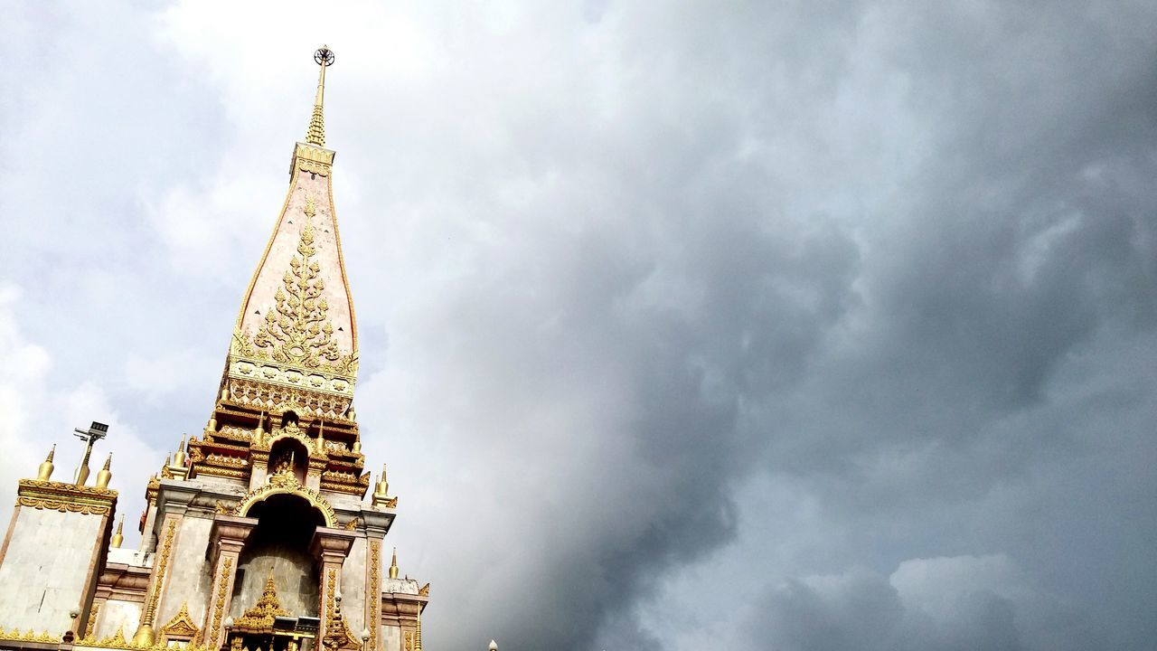 Chalong temple at phuket! Phuket Thailand Temple Golden Golden Temple Clouds And Sky Beautiful Traveling Budaha Background