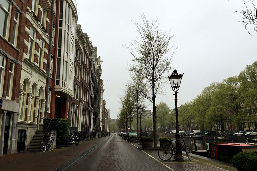 Streetphotography Dutch Landscape Dutch Canals Great Atmosphere Urban Landscape Vanishing Point Empty Streets Good Morning!