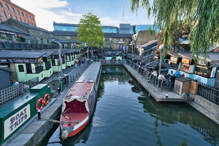 Boat Trips in Camden Lock Water Building Exterior Built Structure Architecture Mode Of Transportation Transportation Nautical Vessel Canal City Nature Day Reflection Moored Tree Outdoors Plant High Angle View Barge Camden Town Camden Lock Camden London LONDON❤ Wide Angle Trees