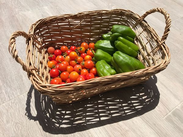 Fresh My Elios Garden Eating In Sicily Wicker Basket Whicker Vegetable Tomato Shopping Basket Picnic Basket Food Food And Drink Freshness High Angle View Bread Cucumber Variation Picnic Choice Healthy Eating Indoors  No People Day Vegetables Vegetarian Food Vegetation