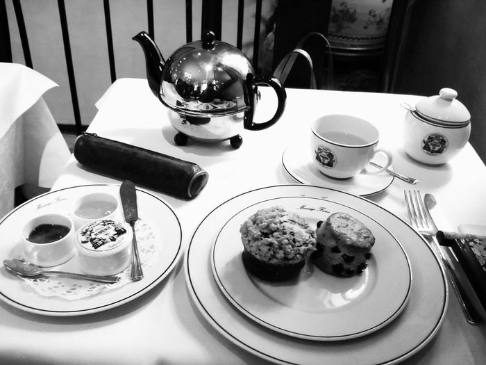 Thé chez Mariage frères. Liquid Lunch Scone Muffin Teapot Pencil Case Tea Cup Tea Time Paris, France  Parisian Chic Showcase: February Interior Views The OO Mission Lieblingsteil
