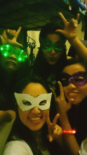 RealFriendShip Sisters 3am Bond Funny Pics