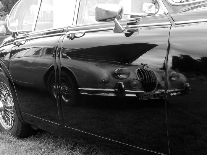 Car Classic Car Close-up Collector's Car Day Land Vehicle Mode Of Transport No People Old-fashioned Outdoors Reflection Retro Styled Stationary Transportation Vintage Vintage Car Black And White EyeEmNewHere