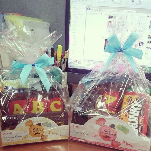 기리캔디 ? 화이트데이 사탕🍬🍭 Sweet💖 キャンディー ホワイトデー (^ω^) 잊고있었던화이트데이ㅋ 출근하니책상에뙇? 사탕안좋아는데 초콜릿?이더많아서좋네ㅋ
