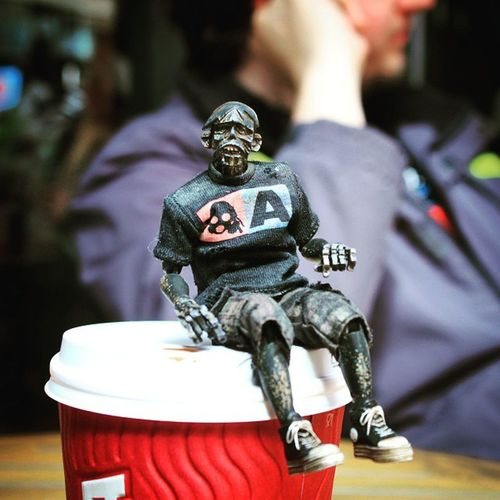 Lunch time coffee with the zomb 3a 3alegioninsta Ashleywood Adventurekartel Aftcuk  Anarchyalliance Ata_dreadnoughts Toysaremydrug Toysyn Toyslagram Toy_alliance Toyboners Virustoys _byot