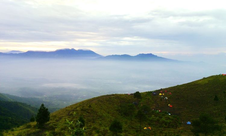 Mt. Guntur 2249 mdpl BPI Chapter Jabar Gunungbukantempatnyampah