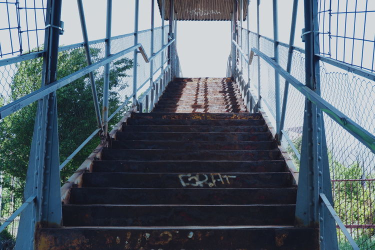 Bad Condition Rusty Metal Urban Urban Photography Decay Decaying Steps And Staircases Steps Staircase Railing Sky Architecture Built Structure Stairway Footbridge Hand Rail Stairs Bridge - Man Made Structure Metal Rusty Underpass Narrow