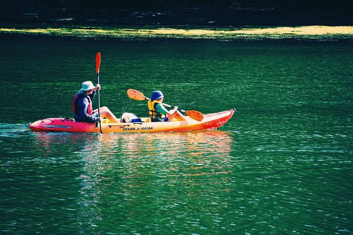 Slippery surfaces Kayaking Kayaker Pair People Water River Streetphotography Enjoying Life Peoplephotography The Color Of Sport