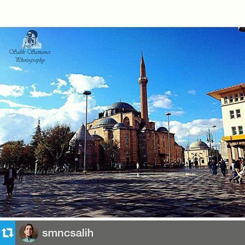 Foto : @smncsalih ・・・ Konya Hükümet meydanı ComeSeeKonya Hukumet Meydanı Şerafettin cami
