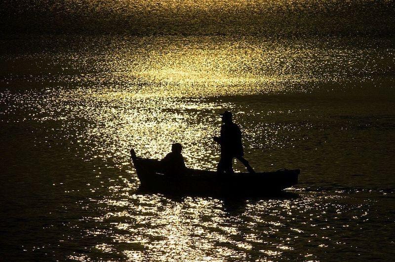 Silhouette Sunset Sea Beauty In Nature Water Sailing Horizon Over Water Scenics EyeEmNewHere EyeEm Nature Lover