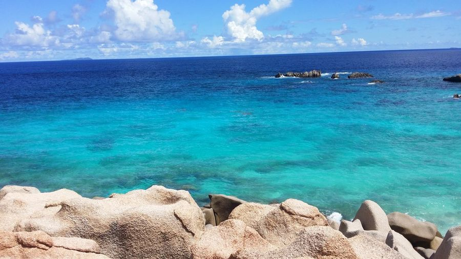 Indianoceanlive Bluewater Captured Moment Bestviewever! Onrocks Ladigue Ansemarron Thebigocean Bestpanorama Silence