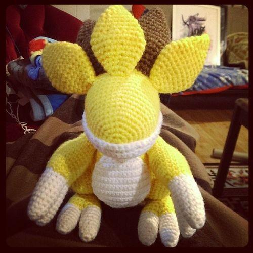 Sandslash work in progress. All of these spikes might take a while. Pokémon Sandslash GottaCatchEmAll Pokemoncrochet crochet crafternoon handmade amigurumi