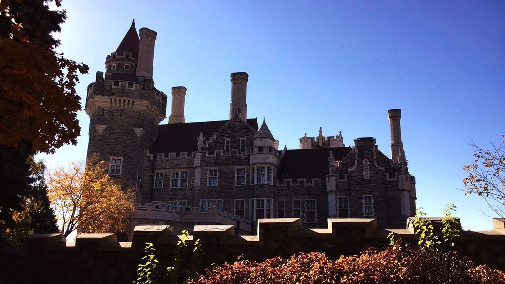 I wouldn't mind living in a castle 🏰🐉👑 Architecture Building Exterior Low Angle View Tower Castle Casa Loma Toronto Ontario Canada Photography Amaturephotography EyeEmNewHere Adapted To The City