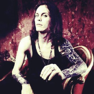 Villevalo Him HIMband KillingLoneliness DarkLight LoveMetal HIMaddiction This is God.....