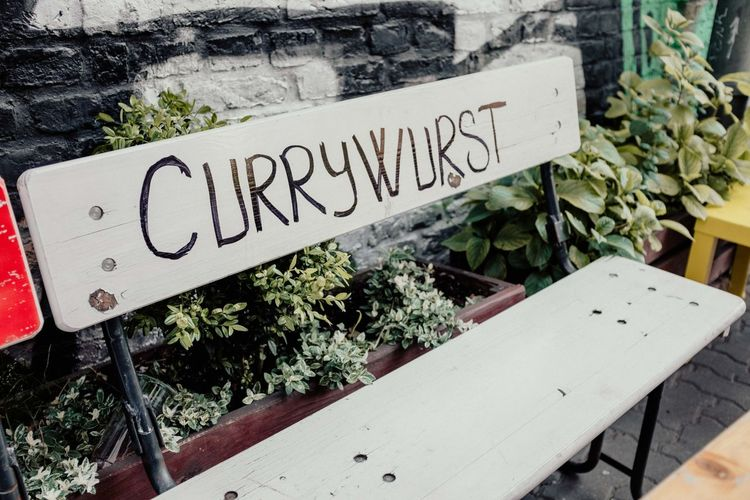 Text Western Script Communication Plant Nature Sign No People Day High Angle View Wood - Material Food And Drink Food Outdoors Leaf Capital Letter Crate Vegetable Herb Wellbeing Plant Part Pommesbude Currywurst