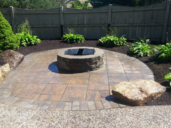 Accent Stones Firepits Hardscapes Hardscaping Interlocking Pavers Landscape Design Build Landscaping Landscpe Services Patio's Walkways